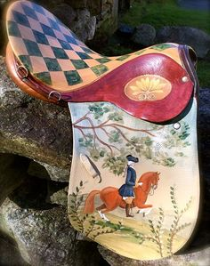 A new life as artwork. A retired Stübben painted by hand by Lisa Curry Mair of Canvasworks Designs. Equestrian Decor, Equestrian Style, Western Decor, English Horse Tack, Morgan Horse, Horse Gear, Horse Crafts, Horse Barns, Equine Art