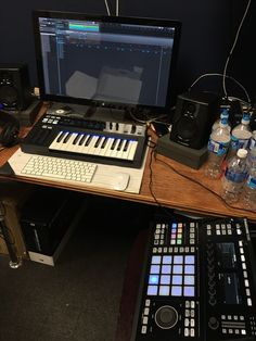 home music studio recording Home Recording Studio Setup, Home Studio Setup, Music Studio Room, Studio Gear, Music Rooms, Dream Music, Music Is Life, Home Music, Dreams
