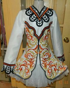 Lewis Irish Dance Solo Dress Costume ~~ Front ~~