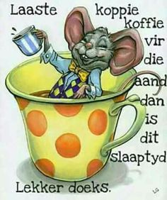 It's coffee time cute (but I admit I don't know what it says) I Love Coffee, Coffee Break, Coffee Time, Cute Images, Cute Pictures, Mouse Illustration, Goeie Nag, Animal Magic, Cuppa Tea