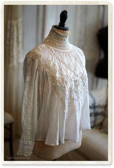 Antique white work blouse - 【Belle Lurette】 European French antique lace linen clothes mail order