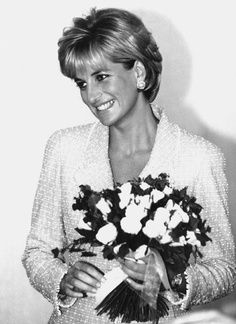Princess Diana, love her hair in this pic
