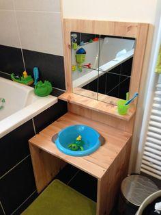 Espace salle de bain aménagé Montessori