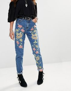 Glamorous   Glamorous High Rise Mom Jeans With Floral Embroidery at ASOS