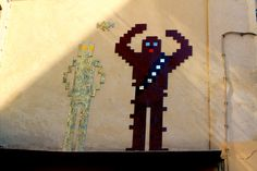 Invader street art mosaic C3PO and Chewbacca