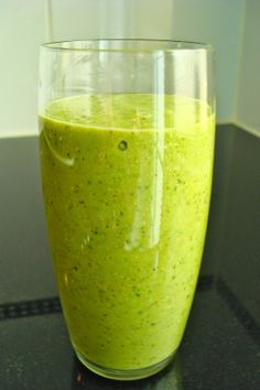the CRUNCHY MORMON MOM: My Green Smoothie Recipe