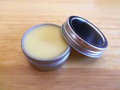DIY: natural honey coconut lip moisturizer
