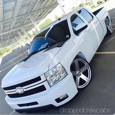 Good looking late model Chevy crew cab. Bagged Trucks, Lowered Trucks, Lifted Chevy Trucks, Gm Trucks, Chevy Pickups, Chevrolet Silverado, Cool Trucks, Pickup Trucks, Lifted Ford
