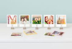 Bildaufsteller mit Fold-Back-Klammern. So einfach setzt Du deine Fotos mit Klammern in Szene. #fotohalter #fotoständer #dekoration