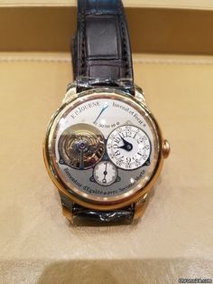 F.P.Journe Souveraine ad: $84,916 F.P.Journe Souverain Tourbillon Pink gold; Manual winding; Condition 2 (fine); Year 2011; With box; With papers; Location: Hong