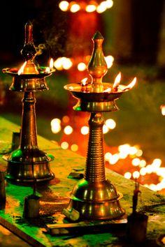 Lamps Small Rangoli Design, Rangoli Designs, Diwali Decorations, Festival Decorations, Onam Wishes, Good Morning Beautiful Images, Amazing India, India Art, Kerala India