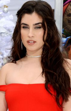 "Lauren at ""The Star"" Movie Premiere Pretty People, Beautiful People, Beautiful Things, Fifth Harmony Lauren Jauregui, Divas, Non Blondes, Camila And Lauren, Beauty Full Girl, Hello Beautiful"