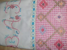 liberatuart: SABANILLA PARA BEBÉS COLOR ROSA Bordado Tipo Chicken Scratch, Chicken Scratch Embroidery, Hand Stitching, Hand Embroidery, Cross Stitch, Baby Boy, Quilts, Blanket, Sewing
