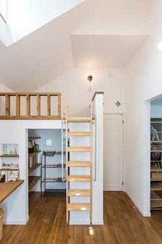 Dormitorios infantiles de estilo escandinavo de ジャストの家