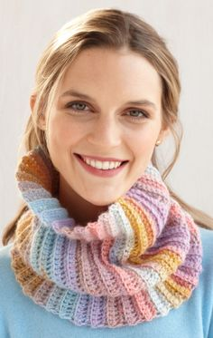 Try this Fast and Easy Cowl in pastels for a fun spring knitting project.