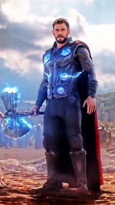 thor Stormbreaker in the avengers infinity war Marvel Dc Comics, Marvel Avengers, Marvel Heroes, War Comics, Captain Marvel, Captain America, Chris Hemsworth Thor, Batman Vs, Spiderman