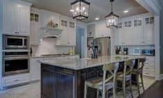 Stock kitchen cabinets for economical kitchen remodel Cuisines Diy, Cuisines Design, Home Interior, Kitchen Interior, Interior Designing, Apartment Kitchen, Bedroom Apartment, Apartment Ideas, Best Appliances
