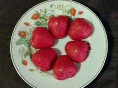 Vintage AVON Gold Brazilian Strawberry Porcelain Plate w/ 6 Soaps