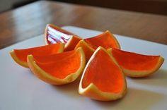 Gelatina dentro le arance