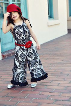 LOVE THE JUMPER!!!! red flower belt by simplicitycouture on Etsy