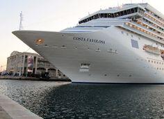 """La """"Costa Favolosa"""" a Trieste"""