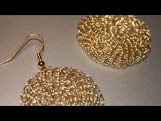 Diy Jewelry : I have been making crochet jewelry for some time, but this video gave me all kinds of ideas for earrings & necklaces! Wire Earrings, Wire Jewelry, Handmade Jewelry, Jewellery, Crochet Video, Wire Crochet, Crochet Bracelet, Crochet Earrings, Bijoux Fil Aluminium