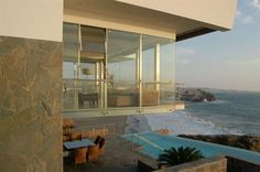 Exterior Sea View Beach House With Stunning View Of Waterfront