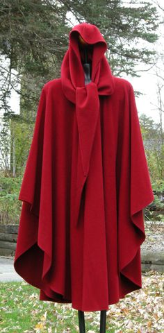 This is exactly what my cape looks like.  I've had it for nearly 30 years. Time for a change.  :)