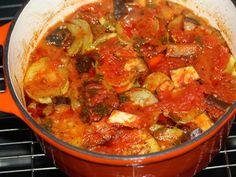 Tocanita din piept de pui cu legume - Dupa 1 ora la cuptor Ratatouille, Ethnic Recipes, Food, Essen, Meals, Yemek, Eten