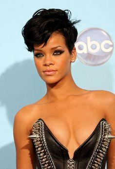 Rihanna in 2008 American Music Awards - Press Room