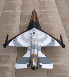 F-16 with unique paint job. Visually superb, at a glance you'd think it was a far smaller plane
