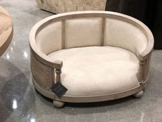 Falling in love with this gorgeous by Las Vegas World, World Market, Design Lab, Tub Chair, Dog Bed, Travel, Instagram, Viajes, Destinations