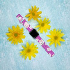 We're feeling some flowers for Friday! 🌻 Check out our HD bands for unique designs and styles. #MakeItYou Sports Organization, Leather Watch Bands, Stainless Steel Watch, Watch Brands, Cool Watches, Apple Watch, Friday, Make It Yourself, Flowers
