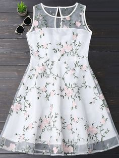 Floral Patched Sleeveless Organza Dress - White S Girls Frock Design, Kids Frocks Design, Baby Frocks Designs, Baby Dress Design, Kids Dress Wear, Kids Gown, Trendy Dresses, Cute Dresses, Casual Dresses