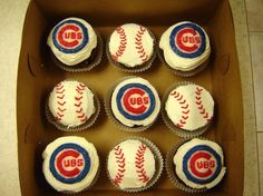 Boyfriend loves the cubs so Im thinking of getting these treats for him for his bday thegeekybug