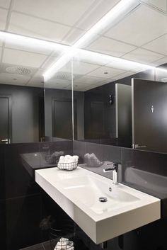 New Office space for Forvaltningshuset in Oslo, Norway- A project by Scenario interiørarkitekter MNIL ( scenario. Oslo, Bathroom Lighting, Mirror, Norway, Interior, Projects, Furniture, Space, Home Decor