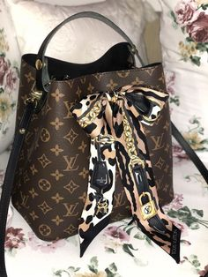 New LV Collection For Louis Vuitton Handbags,Must. - New LV Collection For Louis Vuitton Handbags,Must have it - Luxury Bags, Luxury Handbags, Fashion Handbags, Fashion Bags, Womens Fashion, Louis Vuitton Taschen, Neo Noe Louis Vuitton, Louis Vuitton Purses, Louis Vuitton Handbags Crossbody