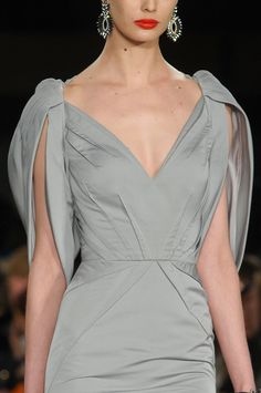 Zac Posen at New York Fashion Week Fall 2012 - details photos of Zac Posen at New York Fashion Week Fall Haute Couture Style, Couture Mode, Couture Fashion, Runway Fashion, High Fashion, Fashion Beauty, Fashion Fashion, Kleidung Design, Diy Kleidung