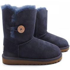 ugh boots but like better in gray or tan