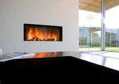 Cheminée avec insert bois panoramique M Design http://www.atredesign.fr/index.php/catalogue-cheminee-insert-poele-var