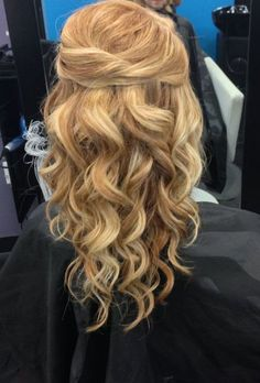31 Gorgeous Half Up, Half Down Hairstyles - The Glamour Lady
