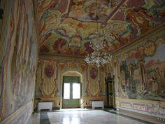 Interno del Palazzo Ducale di Martina Franca, Taranto. Italia.