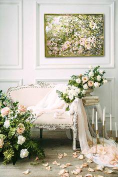 11 idee super chic per decorare le nozze Romantic Wedding Receptions, Romantic Weddings, Outdoor Weddings, Wedding Rustic, Brides Room, Photos Booth, Wedding Furniture, Photo Portrait, Bridal Boudoir