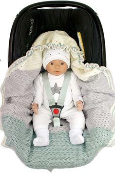 Häkelanleitung für Baydecke für die Babyschale mit Kordelzug und Kapuze! Schau vorbei bei MASCHENKREATIONEN!