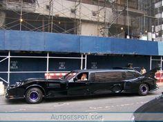 Bat mobile Limo #2 敵を追いかけるには車体が長すぎるリムジン・バットモービル - GIGAZINE