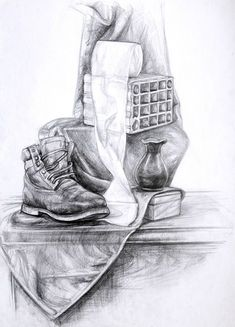 Pencil Shading Techniques, Painting Techniques, Basic Sketching, Pencil Sketch Drawing, Still Life Drawing, Object Drawing, Black And White Painting, Cool Art Drawings, Easy Paintings