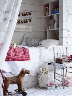 Cute built in bed/nook Sleeping Nook, Bed Nook, Built In Bed, Built Ins, Vibeke Design, Deco Design, Little Girl Rooms, Kid Spaces, Kid Beds