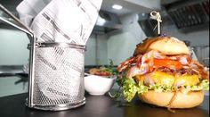 """-VIDEO- Hibrian Muraru: """"vă invităm la THR să gustați burgerul din carne de black angus!"""