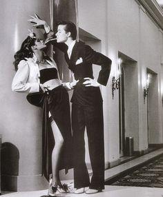 Gia Carangi (left) in Helmut Newton's famous fashion photograph.