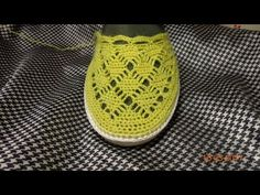 Желтые тапочки//Knitted slippers//zapatillas de punto - YouTube